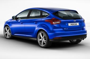 2015-ford-focus-hatchback-rear-side-view